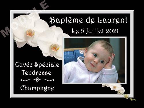 etiquette personnalisée baptême pour bouteille de champagne eba 22