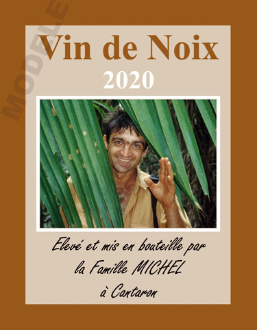 étiquette personnalisée pour bouteille de vin de noix evn 03